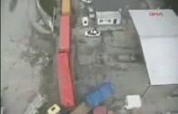 Un homme chanceux vs Camion + Train
