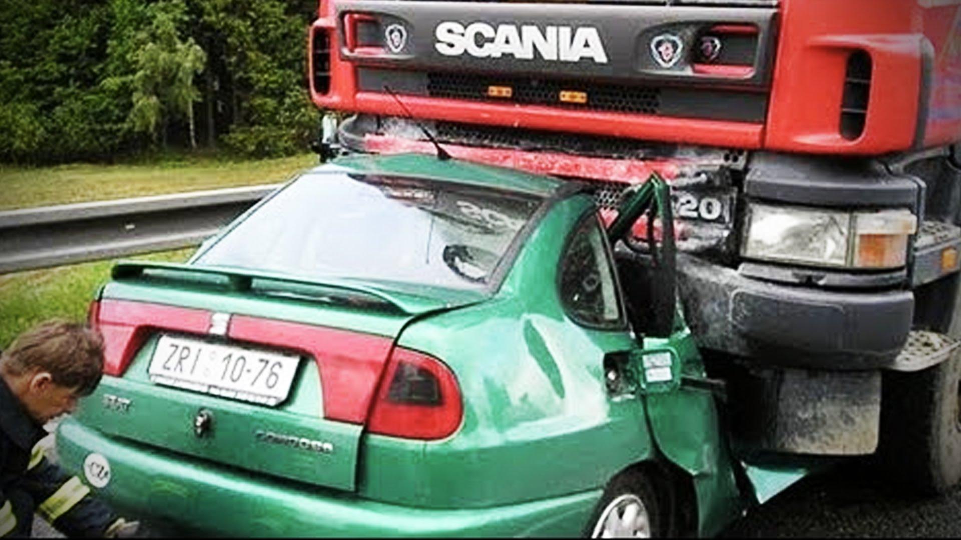 BEST Truck Crashes 2015 & 2016