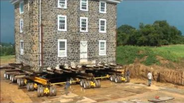 580-TON Stone House Moved in 7 Hours