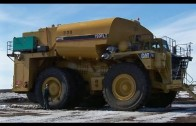 The Biggest Water Truck in The World – Caterpillar 773