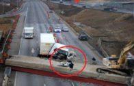 Heavy Equipment Trucks Driving Skills –  Off Road Extreme Trucker Driver Accident